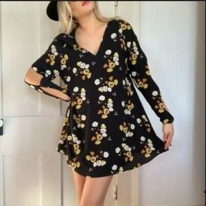 Trafulac Black Yellow Floral Cold Shoulder Dress L